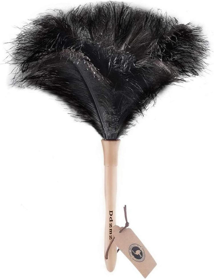 """Feather Duster, Ostrich Feather Duster Fluffy Natural Genuine Ostrich Feathers and Eco-Friendly Reusable Wooden Long Handle Large Ostrich Feather Duster Cleaning for Housewife Black Length 16"""" 1Pack"""