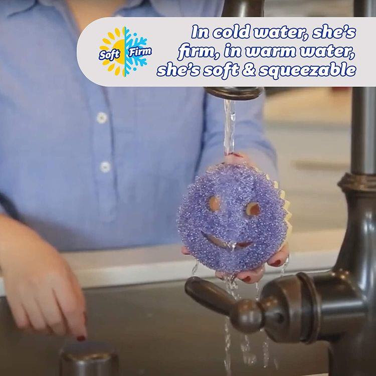 Scrub Daddy- Scrub Mommy - Dual Sided Sponge & Scrubber, Soft in Warm Water, Firm in Cold, FlexTexture, Deep Cleaning, Dishwasher Safe, Multipurpose, Scratch Free, Odor Resistant, Ergonomic (1 Count)