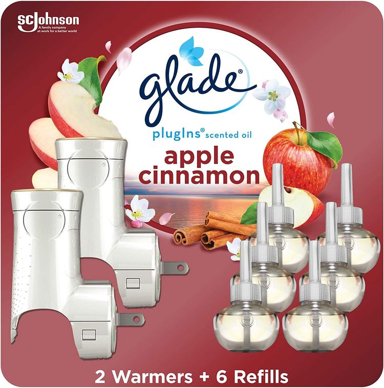 Glade PlugIns Refills Air Freshener Starter Kit, Scented and Essential Oils for Home and Bathroom, Apple Cinnamon, 4.02 Fl Oz, 2 Warmers + 6 Refills