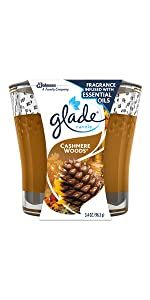Awaken your senses with Glade Cashmere Woods Jar Candle.